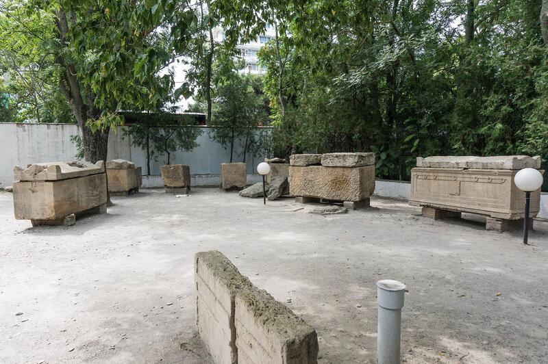 Парк саркофагов
