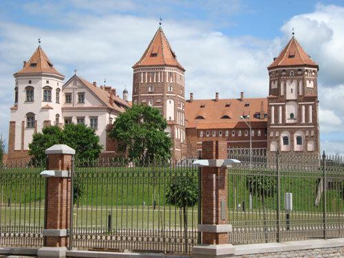 Отдых в Беларуссии: Внешний вид Мирского замка