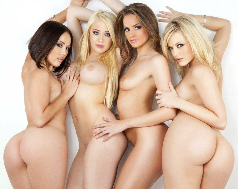 Женские пизды у гинеколога порно фото жадно обхватил
