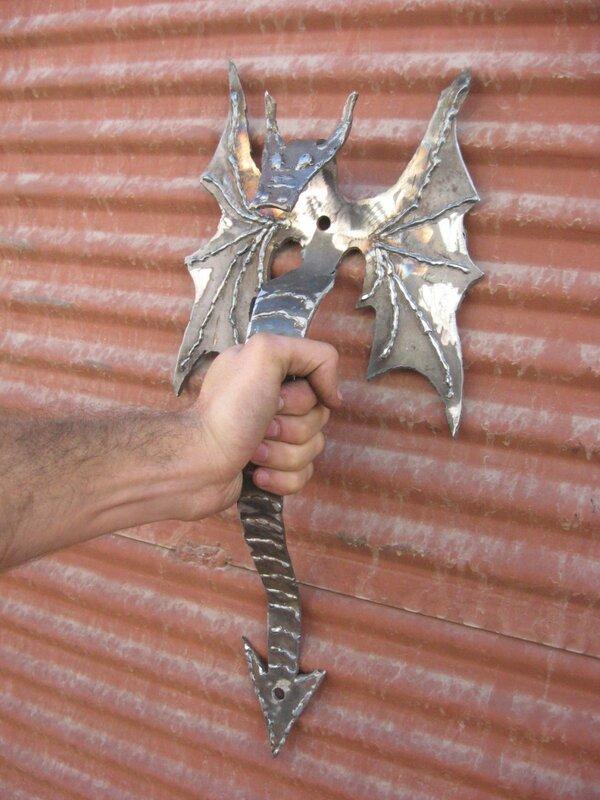 Ручка для двери из металла