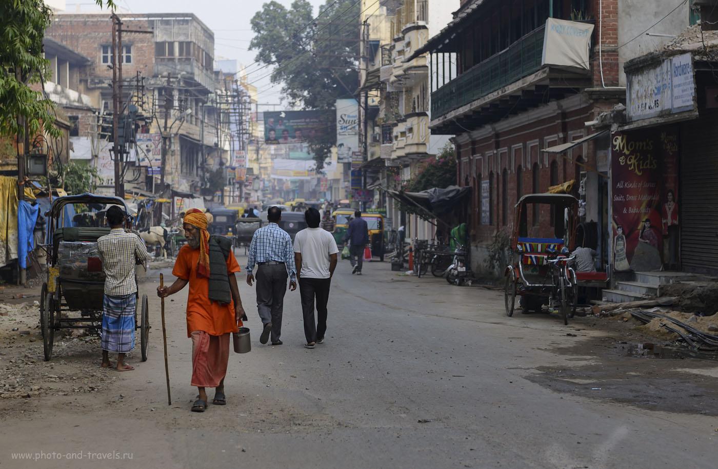 Фото 8. На улицах Варанаси можно встретить самых разных людей, разных профессий и убеждений. Отчет о поездке в Индию. 1/640, -0.33, 2.8, 250, 70.