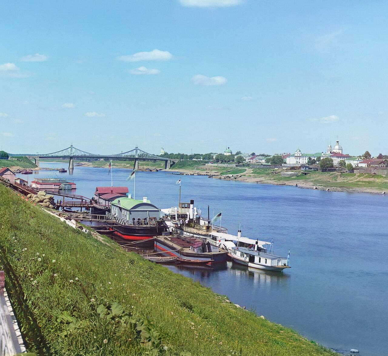 Вид г. Твери с мостом через Волгу