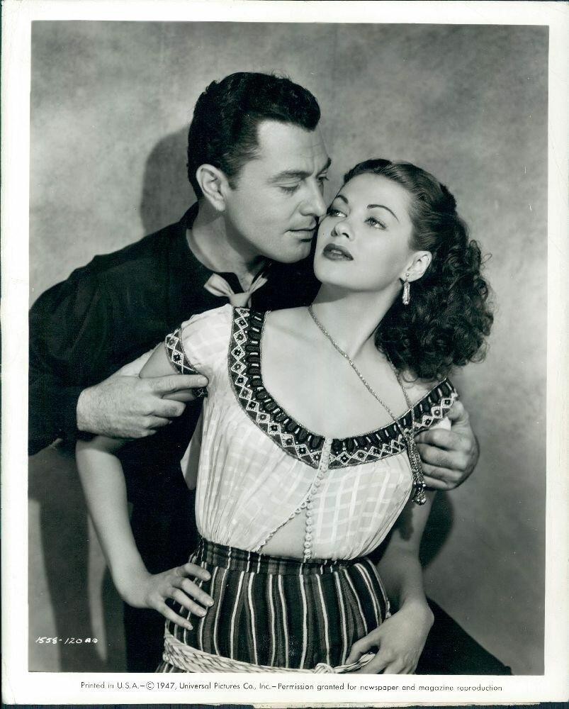 1947. Актеры Тони Мартин и Ивонн Де Карло