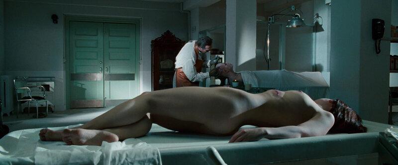 фото голых девушек из морга