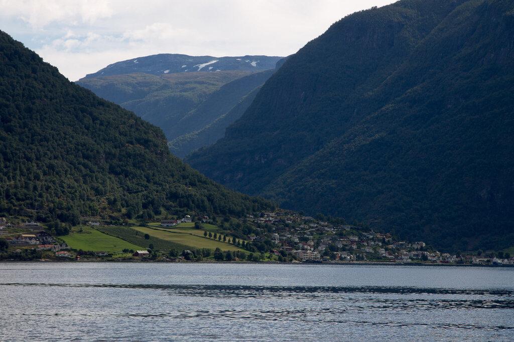 Самый большой фьорд в мире - Согнефьорд