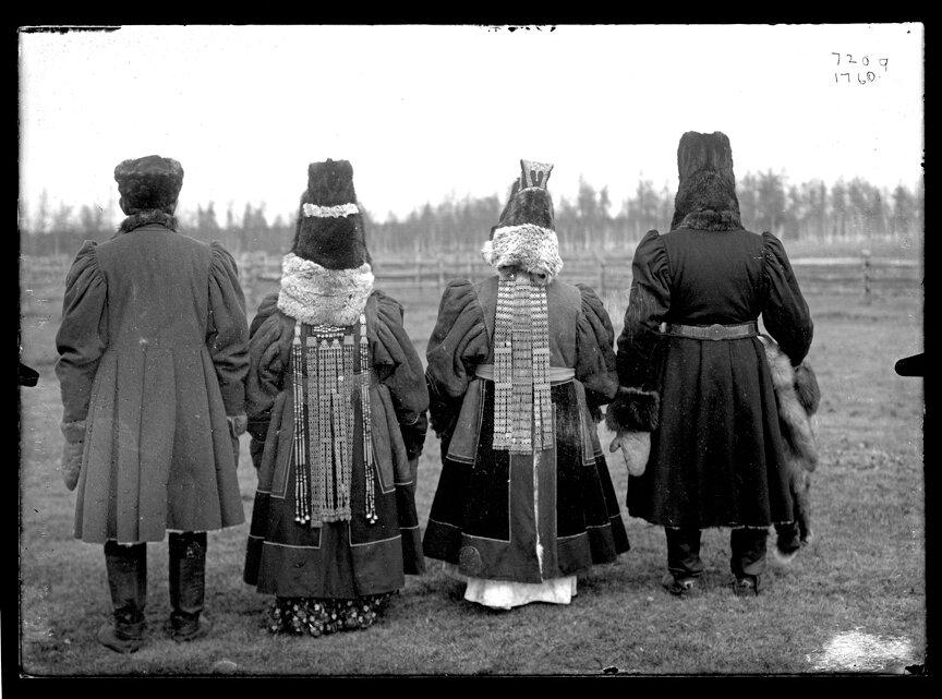 Богатые якуты. 1902