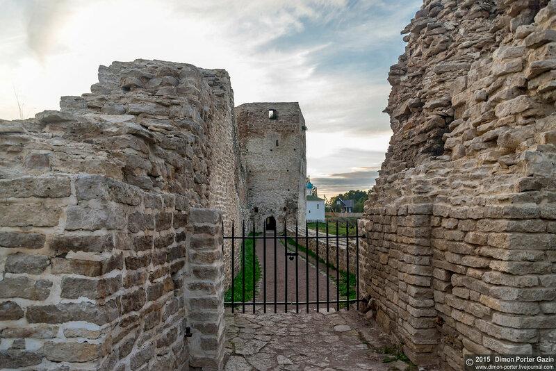 Изборская крепость 2015