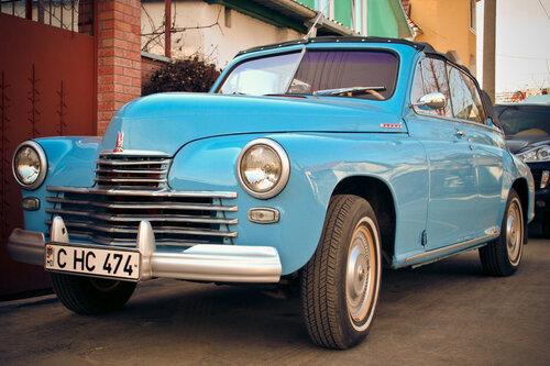 В Кишинёве проходит выставка ретро автомобилей