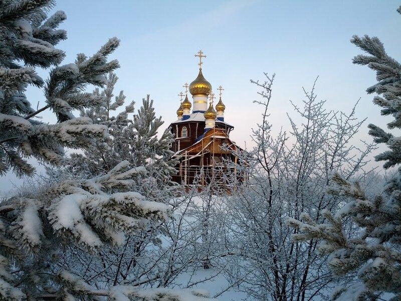 Зимой Храм Всех Святых особенно прекрасен (14.10.2013)