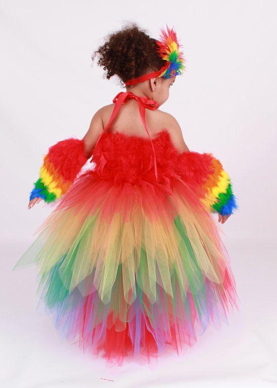 Новогоднее платье для девочки из фатина