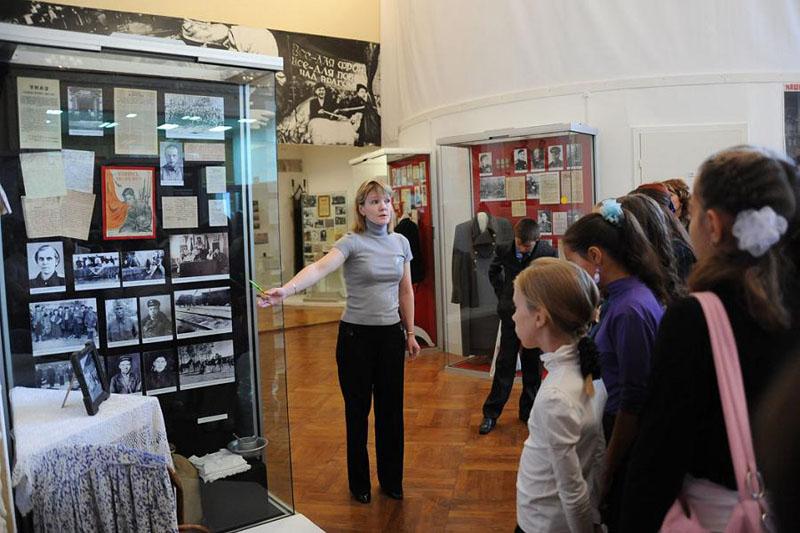 Дети до16 лет смогут бесплатно посещать русские музеи