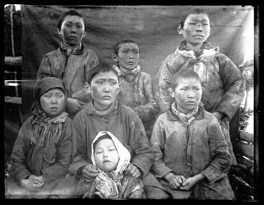 Дети якуты