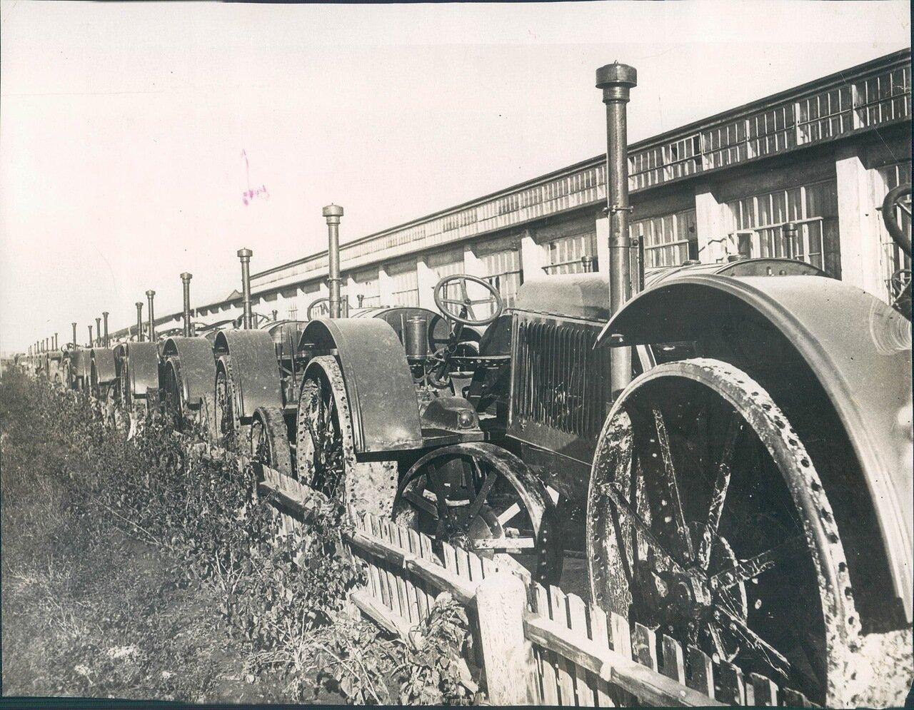 1931. На Сталинградском тракторном заводе