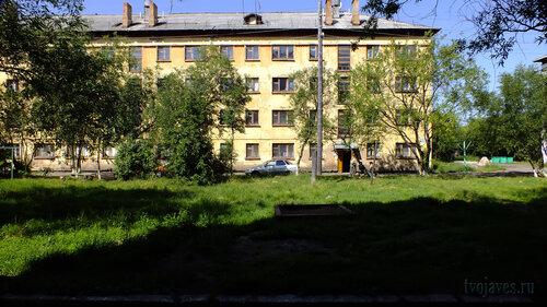 Фотография Инты №5174  Южная сторона Гагарина 5 16.07.2013_12:31