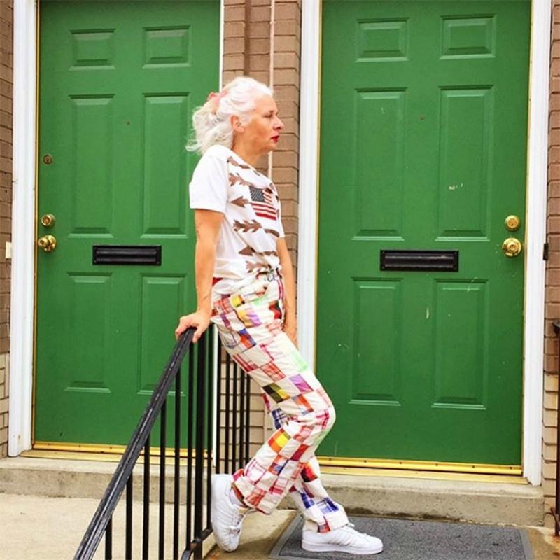 Самые взрослые модники! Соцсети без ума от аккаунтов стильных пользователей за 60 лет
