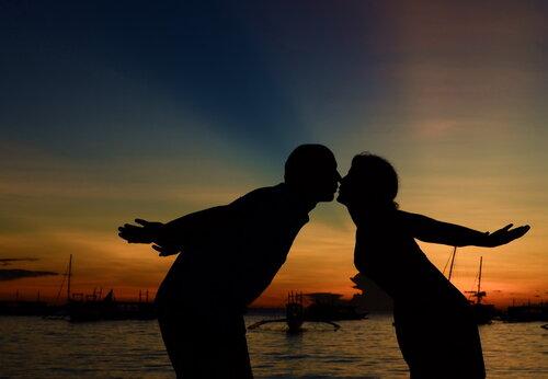 Романтичный закат на острове Боракай, что на Филиппинах