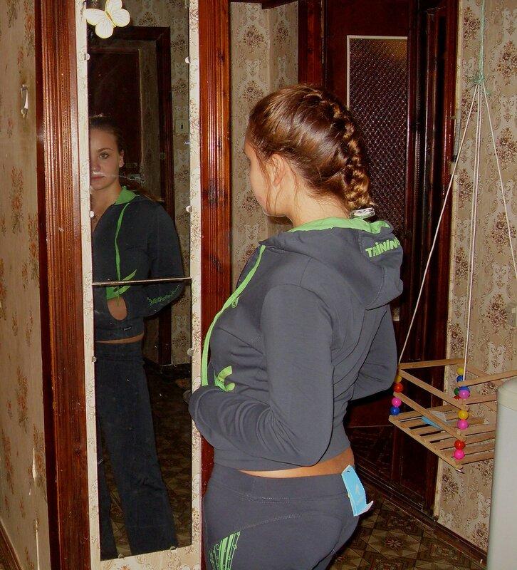 У зеркала ... SDC14182.JPG