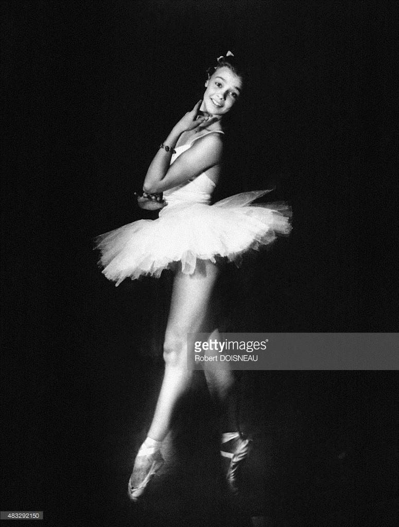 1950-е. Портрет французской актрисы и танцовщицы Дани Робен