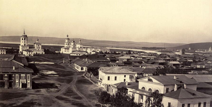 Гостинодворская площадь Иркутска