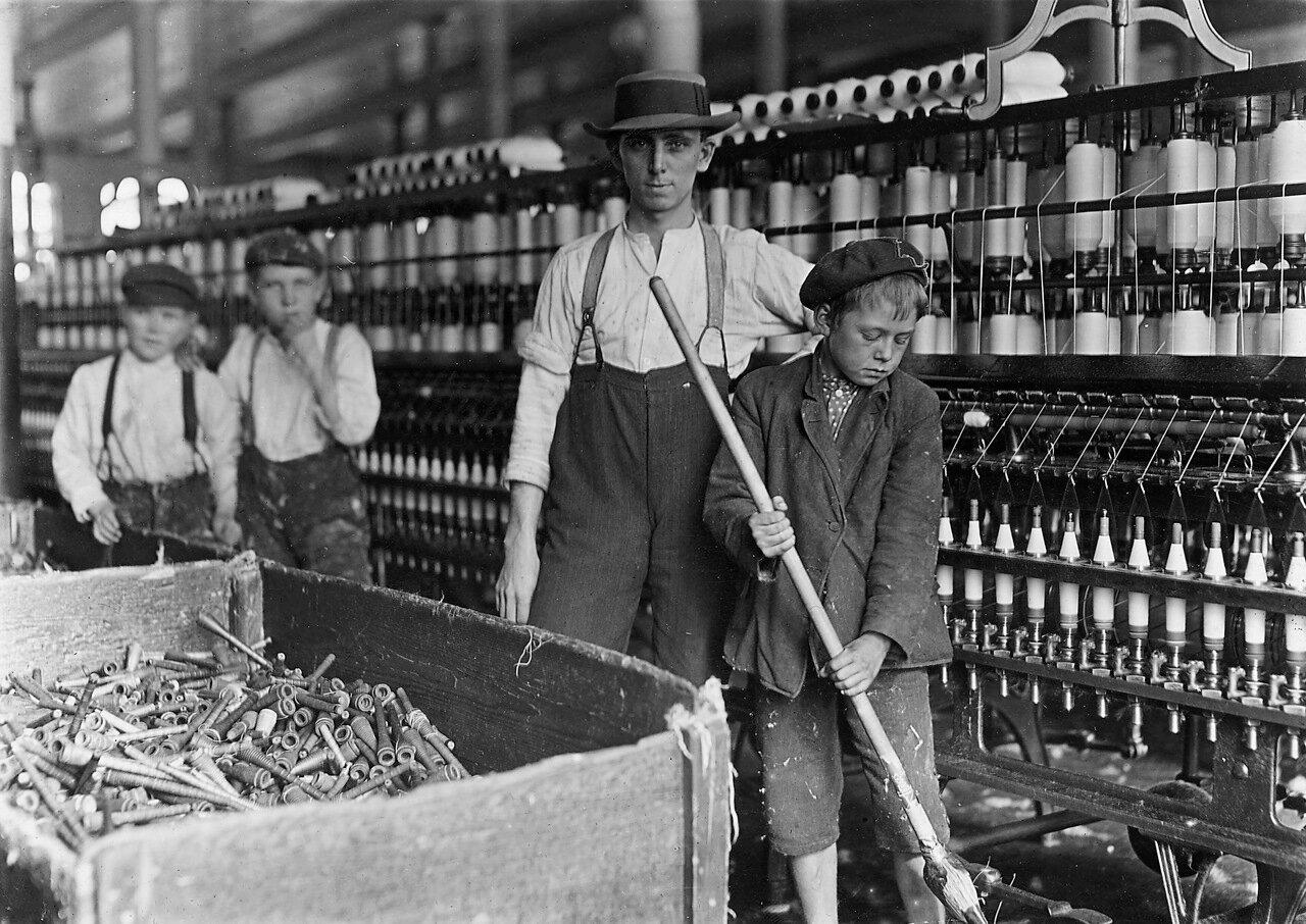 Уборщики на Ланкастерских хлопкопрядильных фабриках, 1 декабря 1908