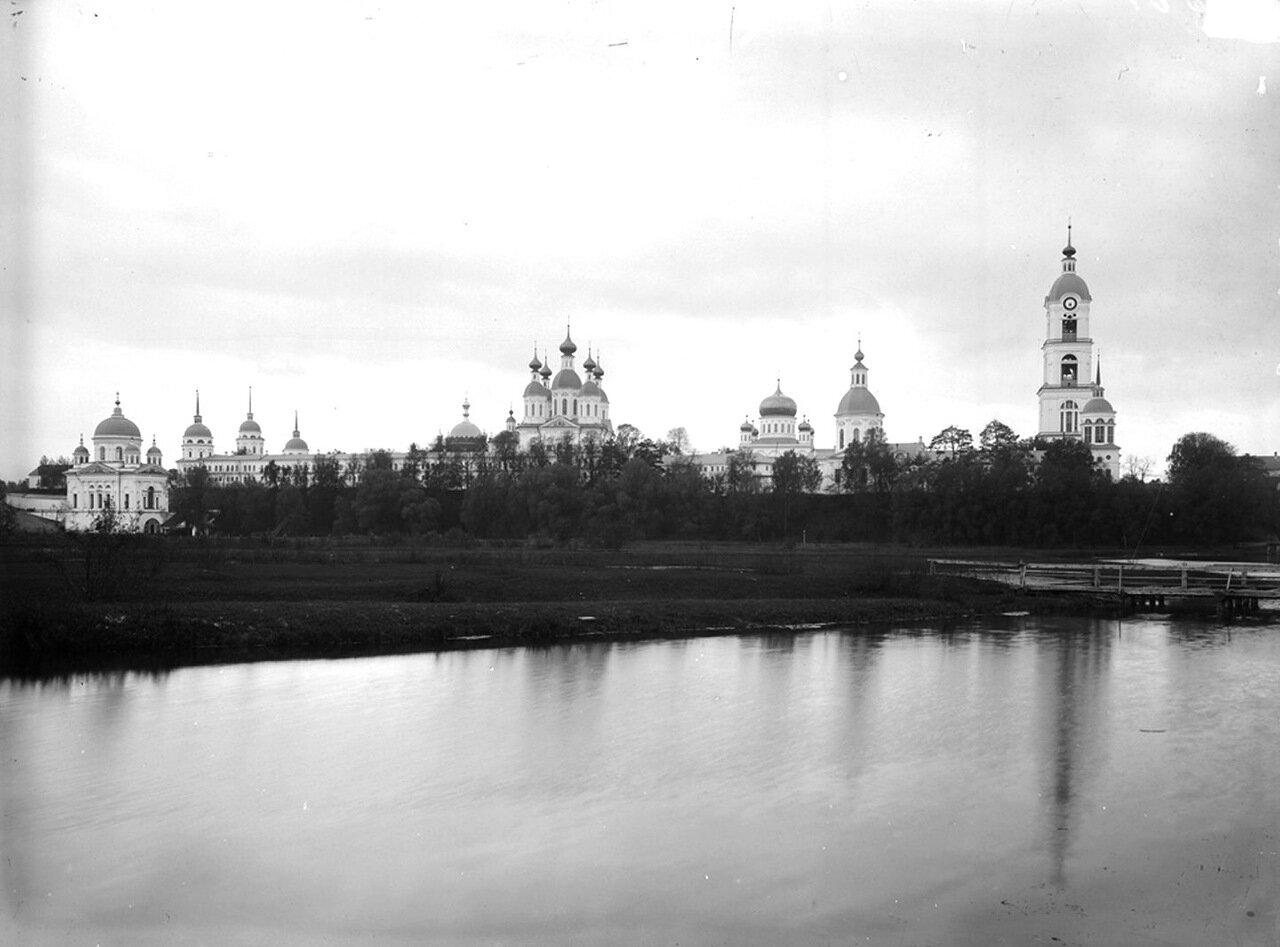 Саровский мужской монастырь. Общий вид. 1897 г.