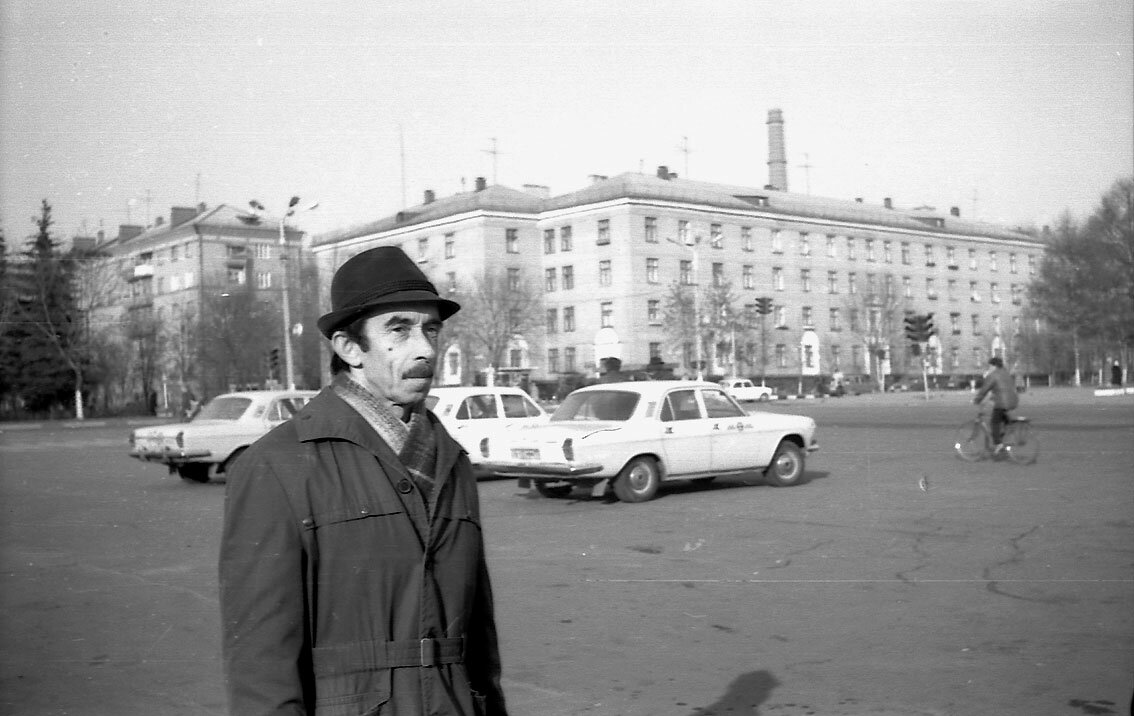 1988. Центральная площадь города