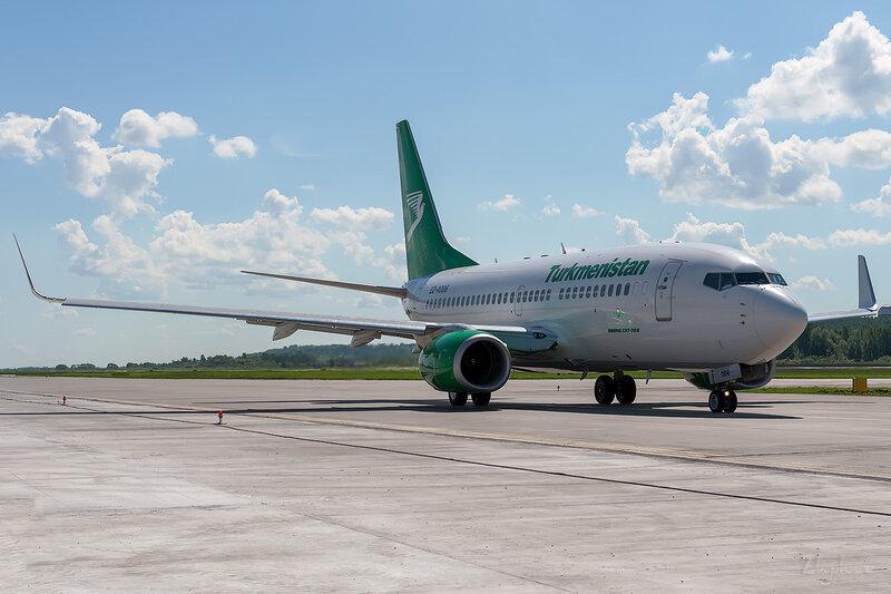 Boeing 737-7GL (EZ-A006) Turkmenistan D706625