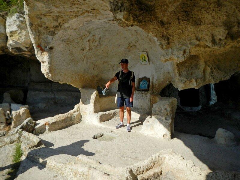 Внутри храма Судилище в Эски-Кермен