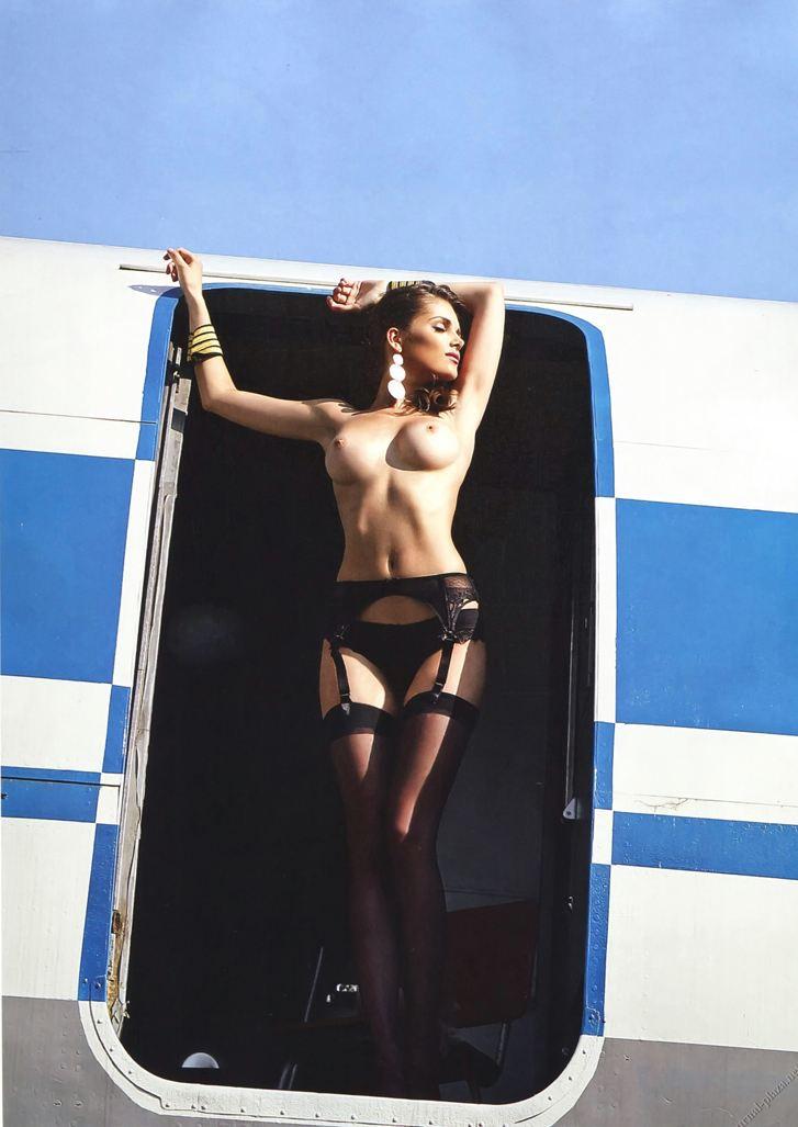 голые стюардессы - Playboy Украина, август 2013