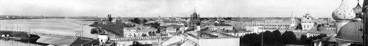 Панорама с дозорной вышки Святых ворот Спасского монастыря