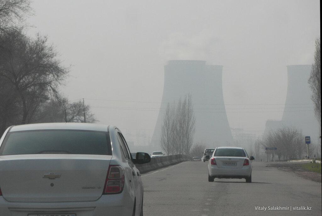 Заводские трубы, Узбекистан, Ташкент