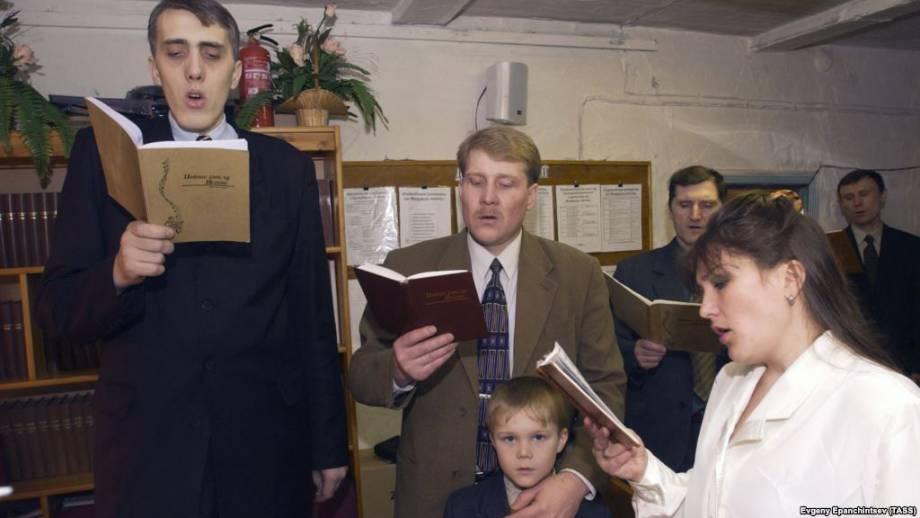 Россия: в Орле в деле «Свидетели Иеговы» суд арестовал датчанина