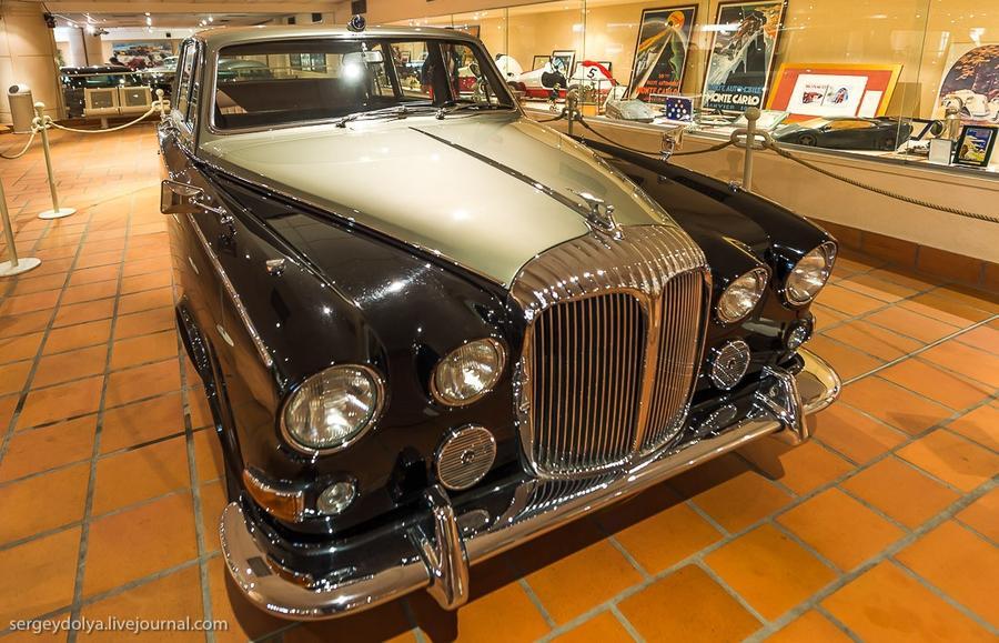 41. Daimler 1970 года выпуска.