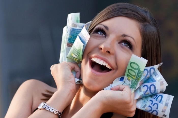 Умение договорится в денежном вопросе – это один из 3 китов, на которых держится счастье в семье.