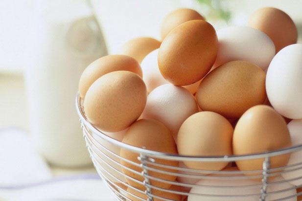 6. Яйца Всего лишь одно съеденное яйцо, сваренное до этого вкрутую, способно повлиять на скорость за