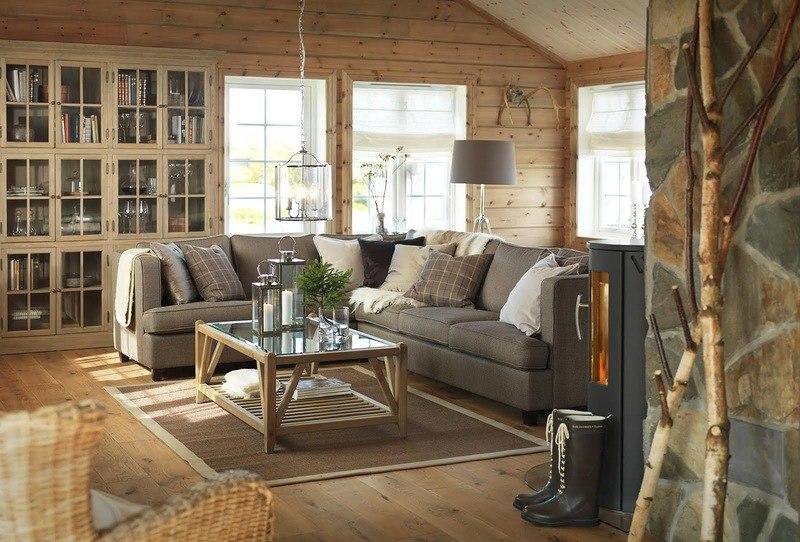 В интерьере — знаменитый скандинавский стиль, приглушенные натуральные тона и материалы.