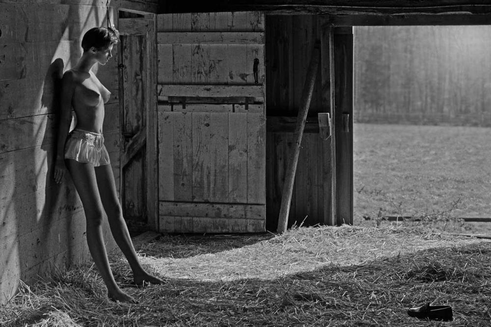 Интересный факт: первой цифровой фотографией, опубликованной в американском журнале мод, была фотогр