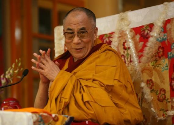 Духовным лидером буддистов могут выбрать женщину— Далай-лама вРиге