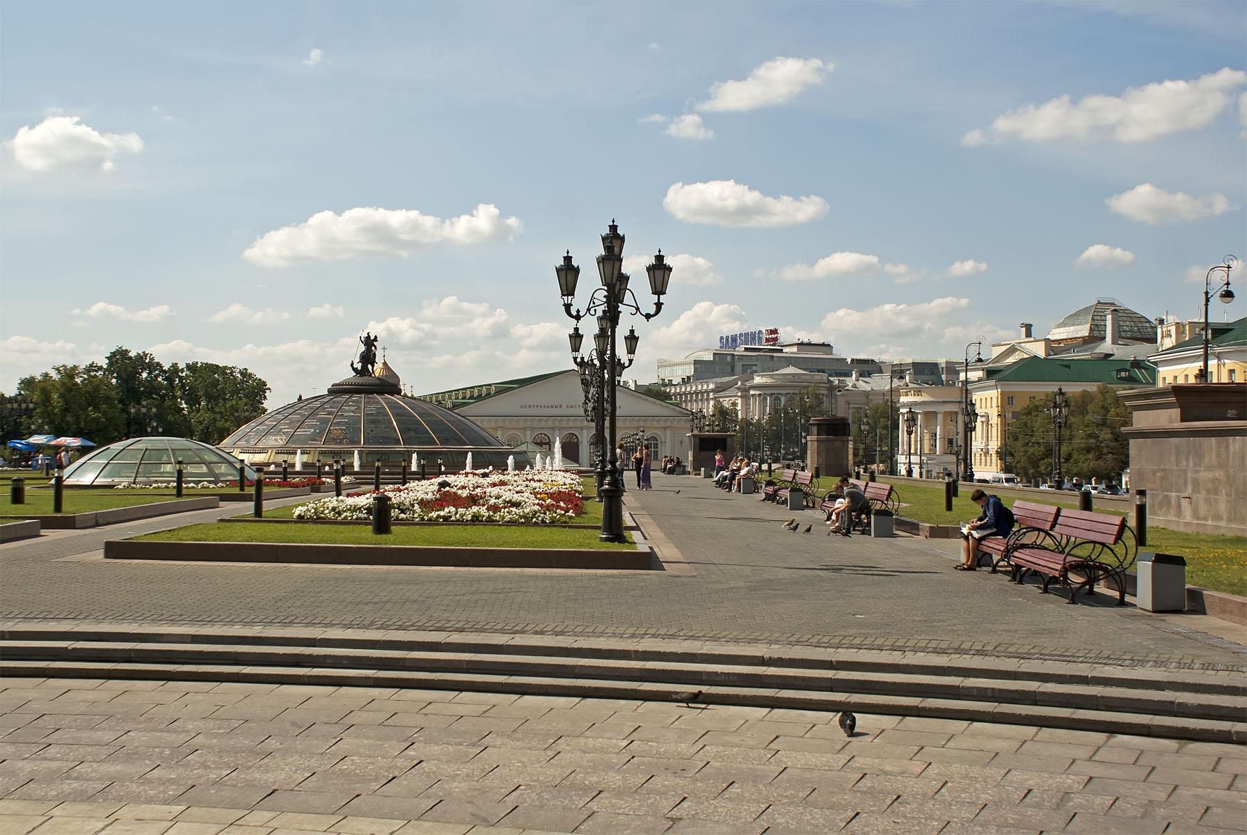 Манежную площадь в столице России ожидает полноценный ремонт