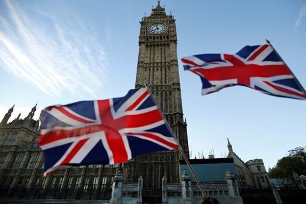 Лондон будет педалировать тему «агрессии России» ради выгодной сделки поBrexit