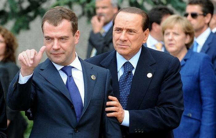 Пьяный Медведев (фото)