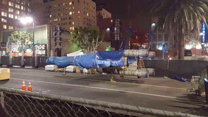 В Лос-Анджелесе кто-то прикупил полноразмерный истребитель X-wing