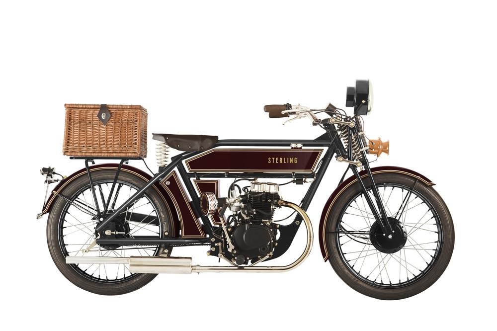 Black Douglas Sterling Countryman Deluxe 2017 - старинный мотоцикл, но не старый