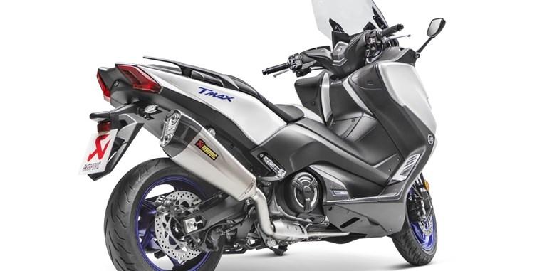 Выхлоп Akrapovic для макси скутера Yamaha TMAX