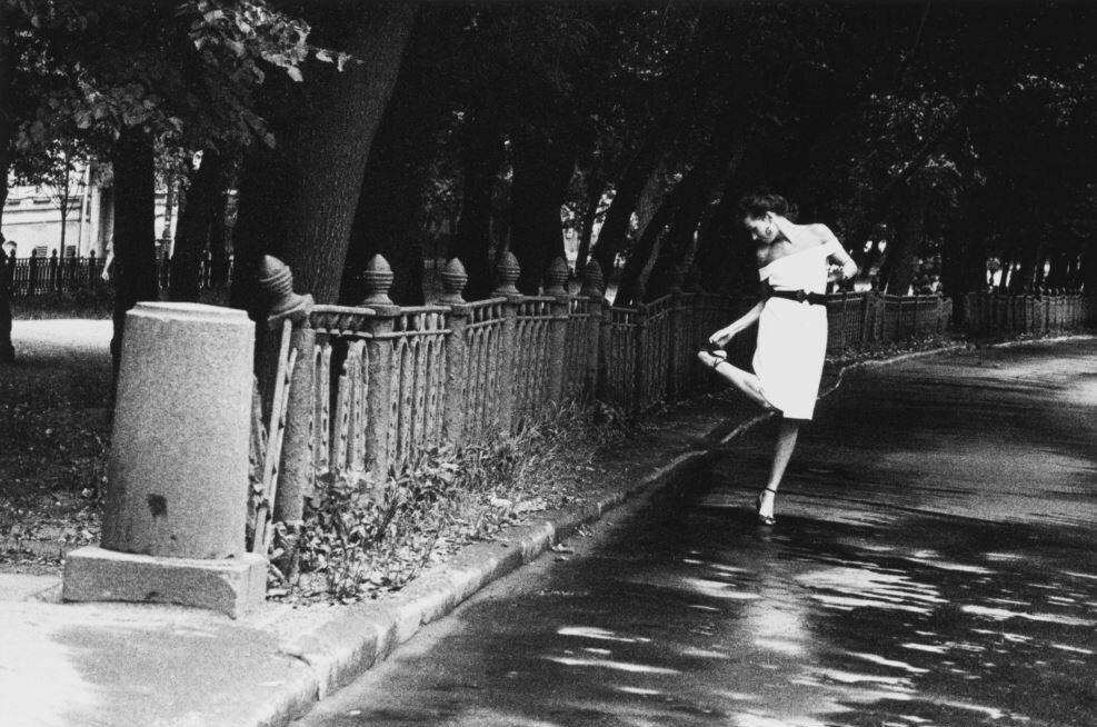 553539 На Петровском бульваре Владимир Богданов 1991.jpg