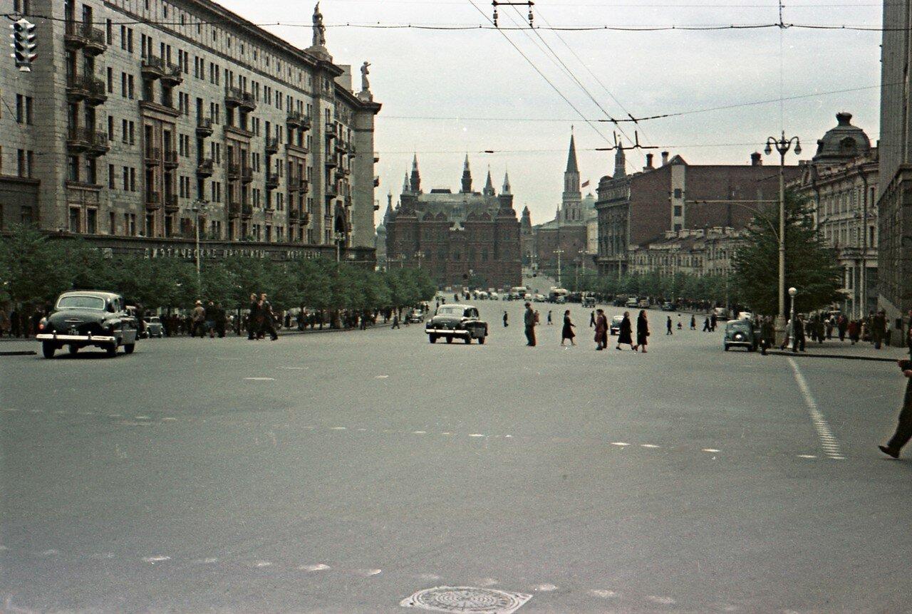 148370 Улица Горького Умнов Георгий кон. 1950-х.jpg