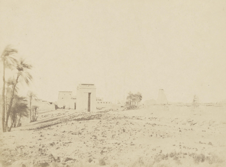 Карнак. Храм и пальмы, Вид на руины