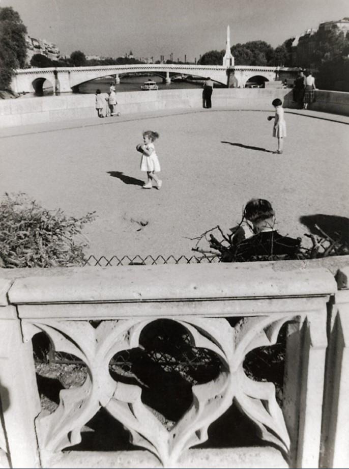 1957. Пон-де-ла Турнель на Сене, Париж