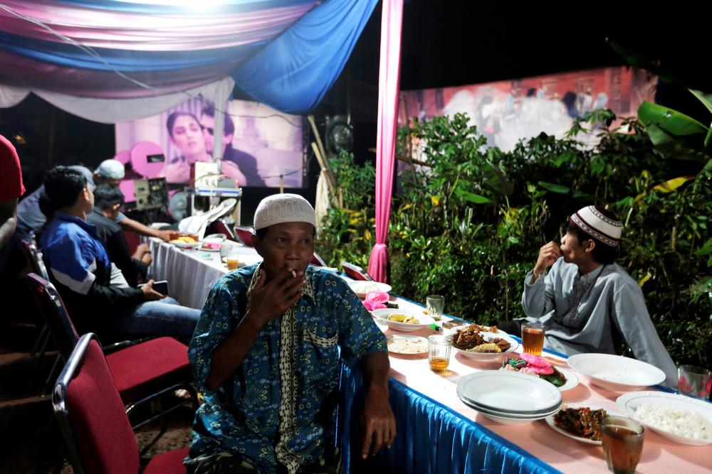 Индонезийский мобильный кинотеатр