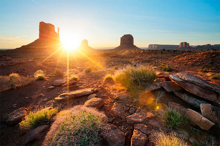 солнце в долине памятников